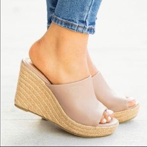 Shoes - New Nude  Mule